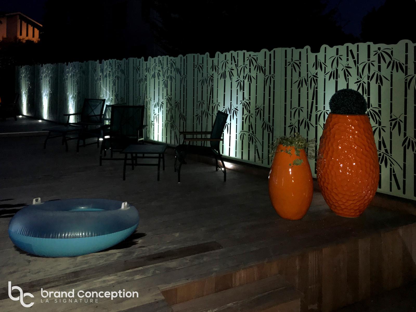brand conception fargesia autour de la piscine. Black Bedroom Furniture Sets. Home Design Ideas