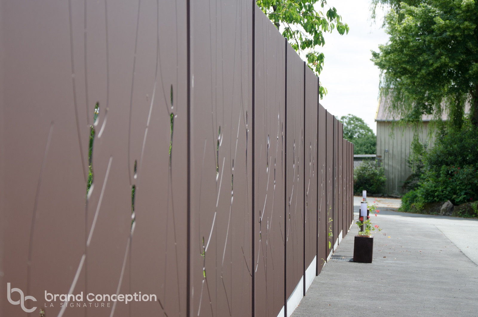 Claustra Treillis Exterieur Bois brand conception - produits d'aménagement alu découpe laser