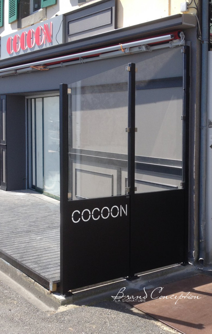 brand conception aluminum glass fence. Black Bedroom Furniture Sets. Home Design Ideas