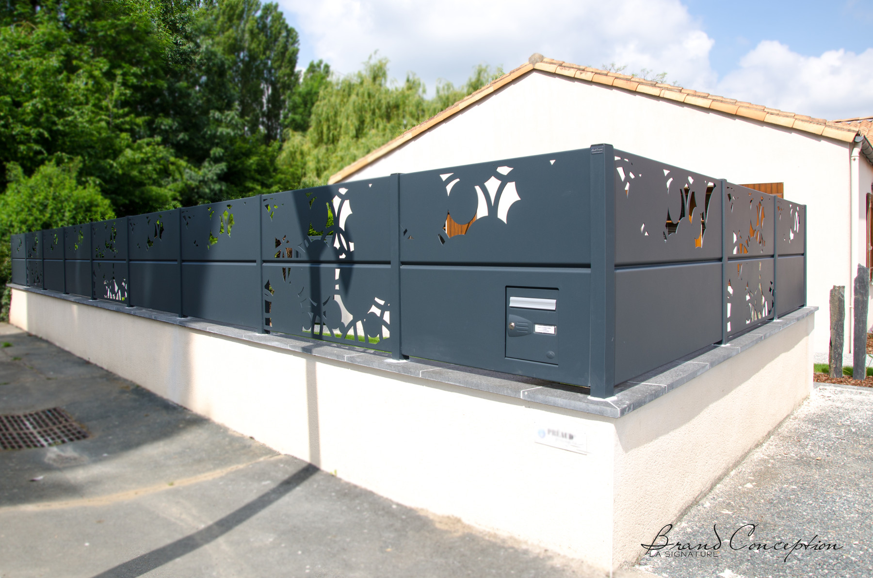 brand conception cl ture d corative aluminium quercus et robur. Black Bedroom Furniture Sets. Home Design Ideas