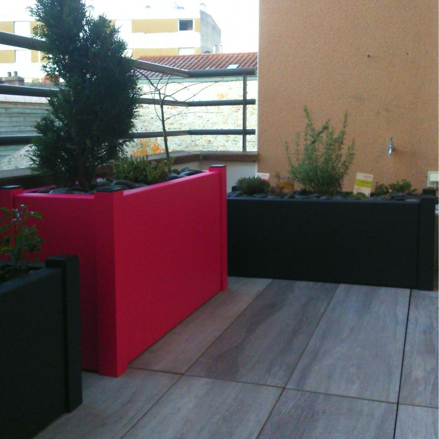 Aluminum planters on terrace 02